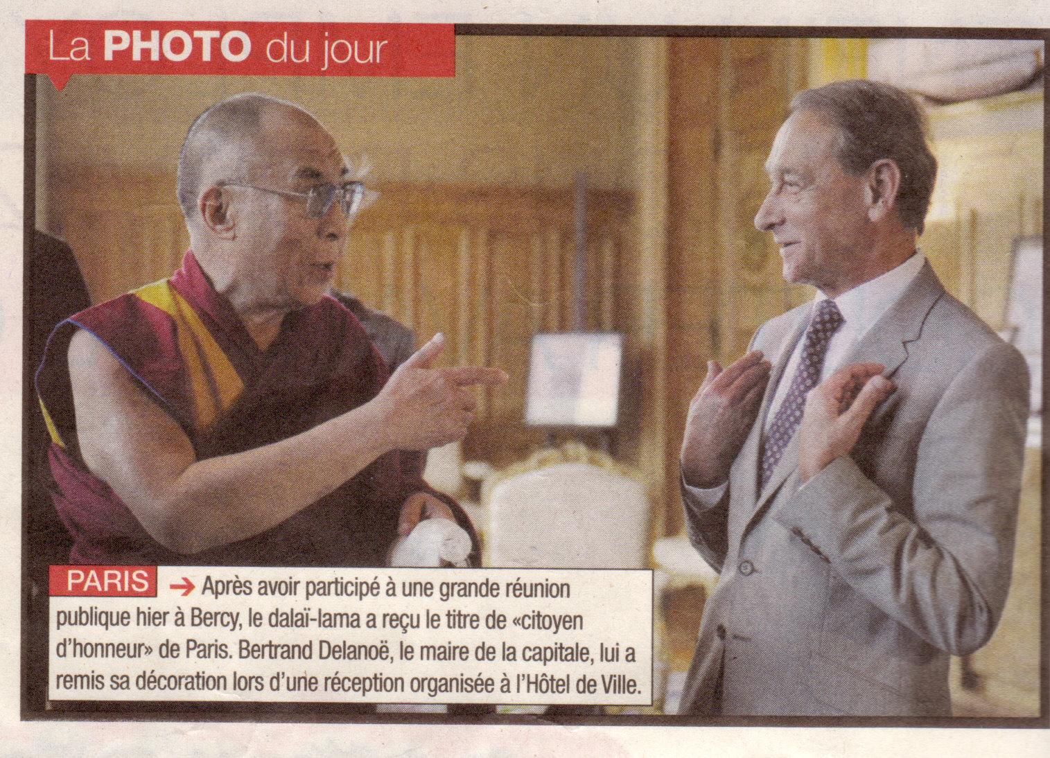 dalai-lama_bertrand-delanoe.jpg