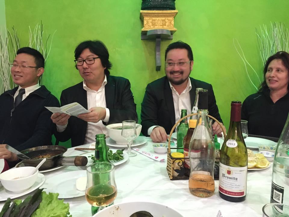 Cuong PHAM PHU à droite de Jean-Vincent Placé